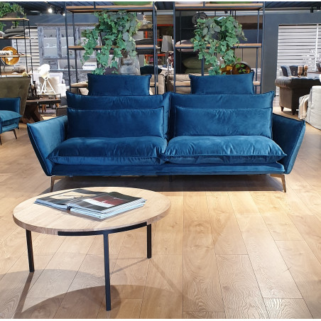 Chelsea XL sofa 290 cm w jasnej skórze i tkaninie. Wyprzedaż ekspozycji
